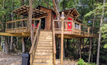 Chico's Hideaway treehouse resort in rowan county