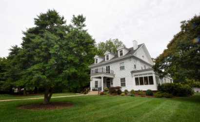 Across the Pond Bed & Breakfast